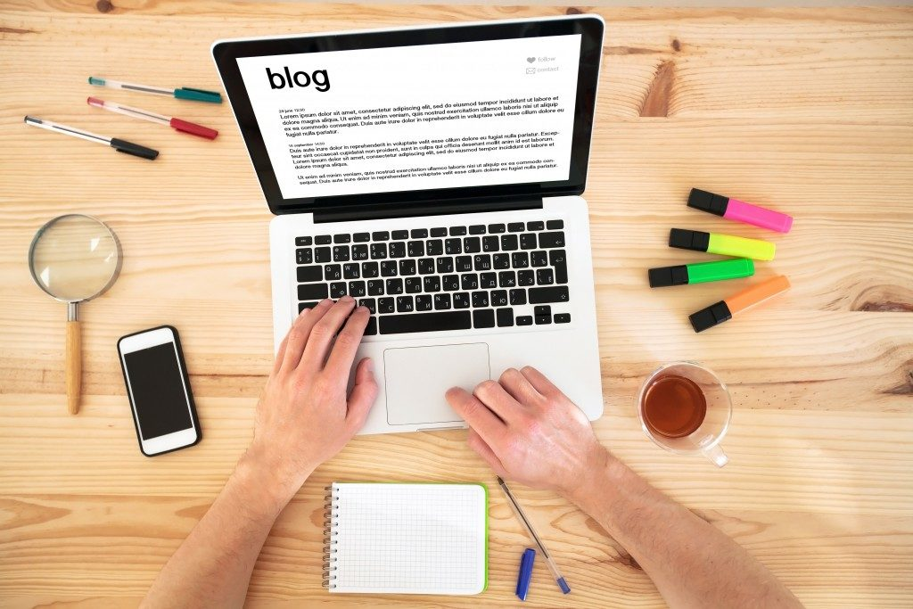 typing a blog article